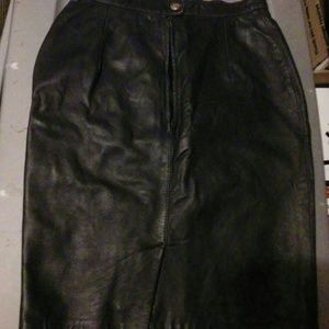 Womens leather skirt size 8